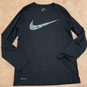 Nike Dri fit long sleeved tee large